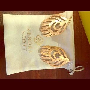 Kendra Scott gold earrings!  Excellent Condition!